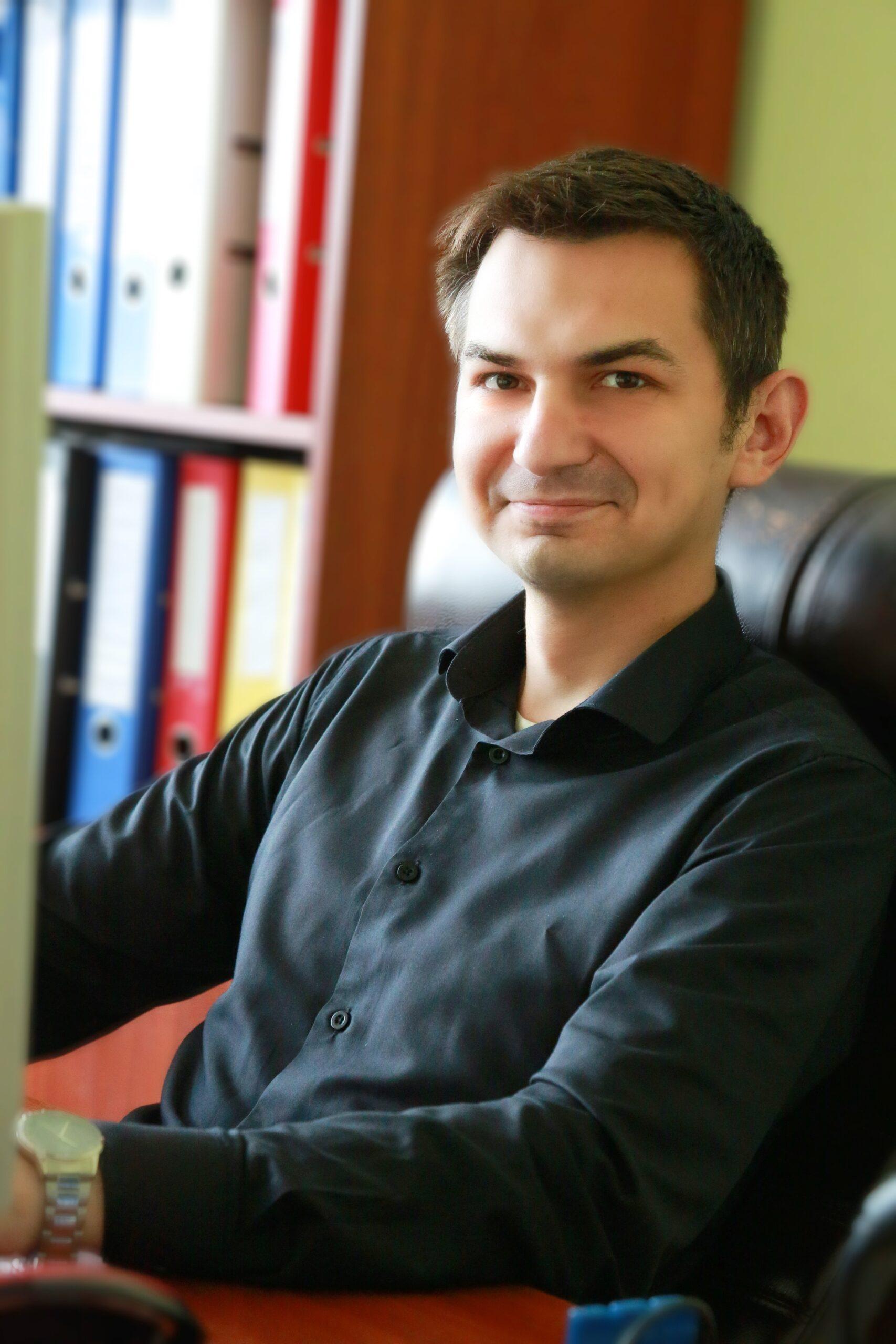 Алексей Викторович главный юрист
